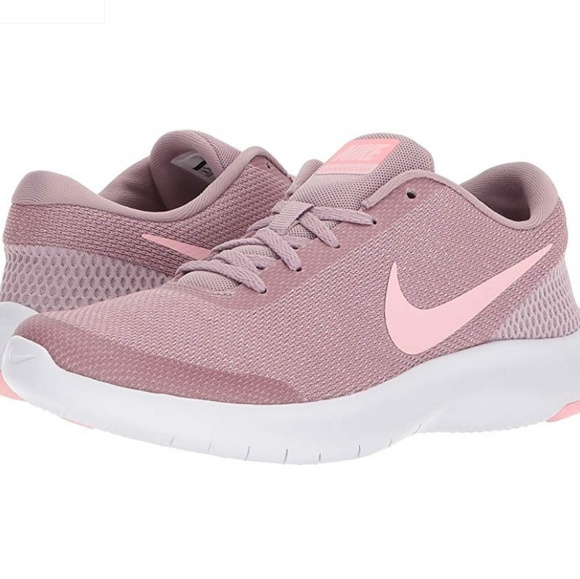 Nike Shoes - Women s Nike Flex Experience RN 7 Rose Gold 8 a7028c3bc89c6